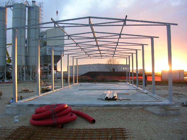 capannoni prefabbricati in ferro prezzi